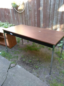 Solid Office Desk table