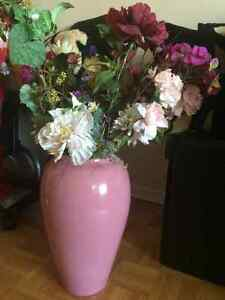 All for $29 Decor lots of flowers , vase ,three Decorative Pillo Kitchener / Waterloo Kitchener Area image 2