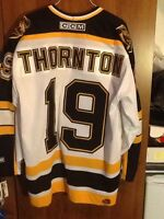 BOSTON BRUINS JOE THORNTON AUTOGRAPHED JERSEY