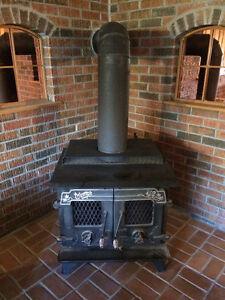 Triumph large wood stove poele a bois large