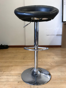 Office/Studio Chairs (Qty 6)