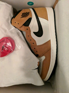 5a8aee7dd29b67 Nike Air Jordan 1 Retro High OG Rookie of the Year 8