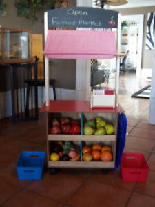 Children's Farmer Market/Lemonade Stand/ Puppet Show Stage