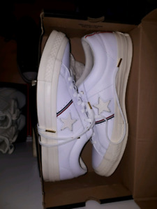 Leather Converse One star 9.5