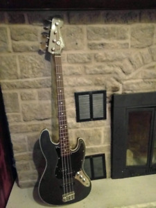 Fender Aerodyne Jazz Bass Guitar Crafted in Japan Rare