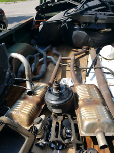03-11 Lincoln Town Car  Exhaust