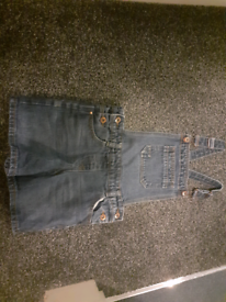 Girls Dungarees Age 8-9 years
