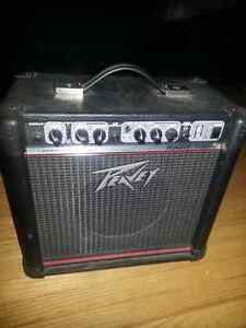 PEAVEY GUITAR AMP RAGE158   Solid State  15 Watts RMS into 4 Ohm Kitchener / Waterloo Kitchener Area image 1