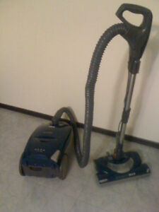 Quality vacuum cleaner for sale!