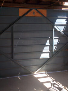 Garage door 7' h x 9' w with working opener