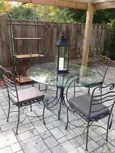 Bombay Chairs Buy And Sell Furniture In Ontario Kijiji