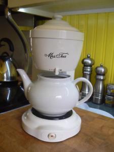 Mrs. Tea Automatic Hot Tea Maker