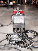 Lincoln Invertec Welder