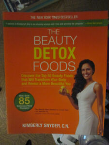 The Beauty Detox Foods & Beauty Detox Power - Kimberley Snyder