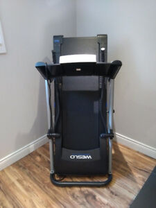 CONTENTS MOVING SALE - TREADMILL exercise