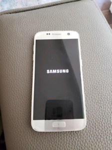Samsung Galaxy itanium S7 great condition phone