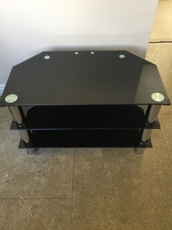 """TV Stand Suits 32"""" - 42"""" Black Glass Like New"""