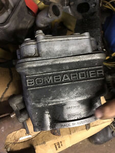 Bombardier Engine - Cylinder w Exhaust Manifold
