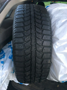 215 60 R16 Pneu Hiver Winter tires