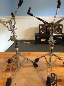 Network percussion snare drum stands