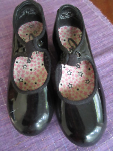 Girls Size 9 - Capezio Black Patent Leather Tap Shoes