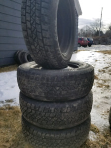 215/65R17 set of 4 tires