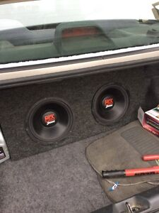 Sub box with 2 10's