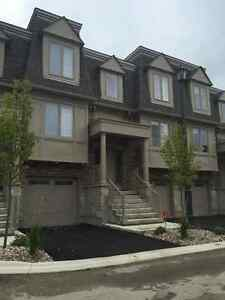 DOWNTOWN  EXECUTIVE TOWNHOUSE----