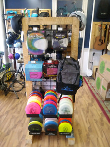 Discgolf discs and supplies