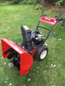 snow blower by yard machine 10 HP by 28 inch cut