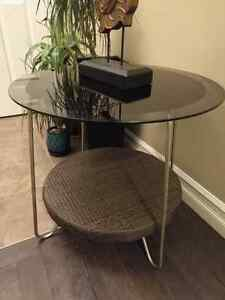 Side table coffee table excellent condition