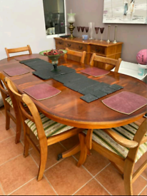Family dining table seats 8 free delivery