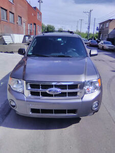 2012 Ford Escape XLT Seulement 109 000kilo Excellent Condition!!