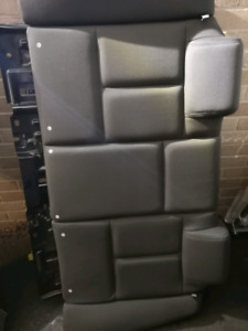 Grand Prix Rear Seats - 04-08