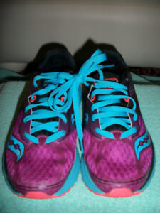 Saucony-Natural Series-Ladies Running Shoes-Brand New