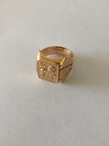 Beautiful yellow gold ring 14K from URSS