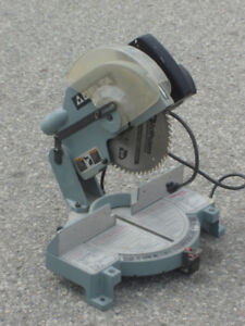 """★★★★ DELTA 10"""" POWER MITRE SAW  USED FOR HOME PROJECTS ONLY ★★★★"""