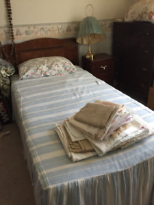 Single Beds - Antique