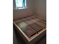 WHITE IKEA MALM SUPER KING SIZED BED FRAME *WITH* 4 STORAGE DRAWERS