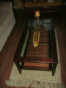 WOOD & GLASS COFFEE TABLE - PRICED TO SELL!
