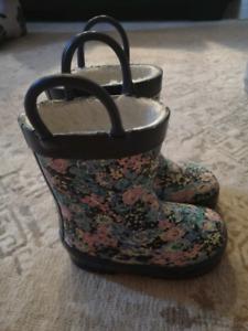 Toddler girl winter/rain boots