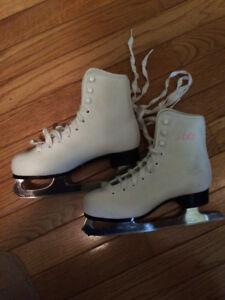Girl's Skates--Size 1
