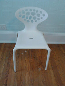 MOdern ALIEN  White  Stackable  Plastic  CHAIRS,  $40 each