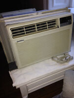 air conditioner 8000 BTU //climatiseur