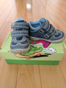 Baby boy shoes - as new