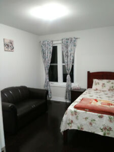Room for rent in house-Pickering