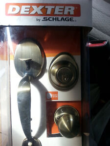 Front Door Entry Schlage Locks New Condition