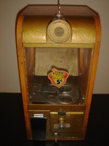 Victor Vintage Coin Operated 5 Cent Vending Machine