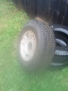 265/70R17 ford tire and rim 8 bolt