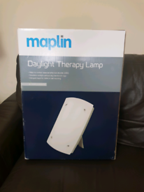 Maplin Daylight Therapy Lamp Light 10,000 Lux with 2 x 36W replaceable